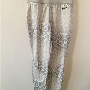 Nike Pants - Fitness leggings